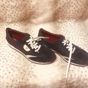 Woman's Sperry size 9